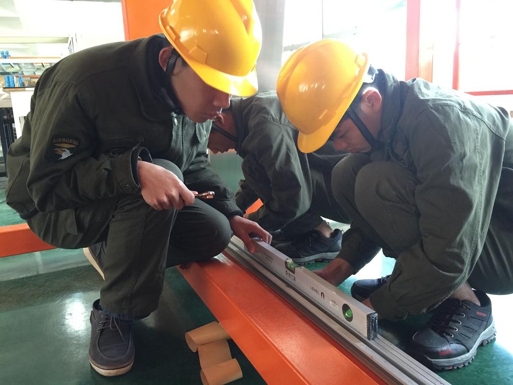 商用技术系教师赴江西省建筑工业学校考察电梯专业建设